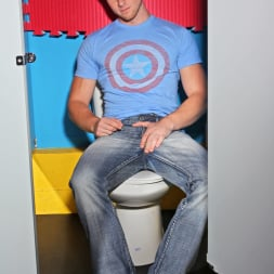 Austin Merrick in 'Next Door Studios' Perfect Strangers (Thumbnail 5)