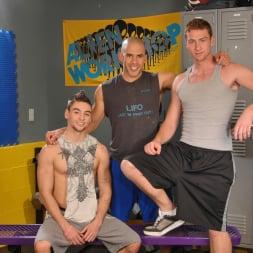 Austin Wilde in 'Next Door Studios' Gym Room Cumbucket (Thumbnail 1)