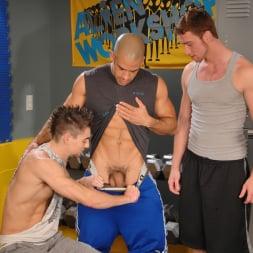 Austin Wilde in 'Next Door Studios' Gym Room Cumbucket (Thumbnail 6)