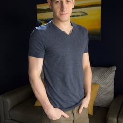 Dalton Riley in 'Next Door Studios' Making Moves (Thumbnail 3)