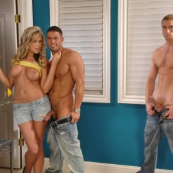 Darcy Tyler in 'Next Door Studios' Cable Interference (Thumbnail 6)