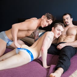 Dominic Green in 'Next Door Studios' 3 Can Play That Game (Thumbnail 8)