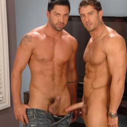 Dominic Pacifico in 'Next Door Studios' Pull On My Cable (Thumbnail 30)