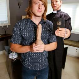 Pierce Hartman in 'Next Door Studios' Confessions of Seduction (Thumbnail 12)