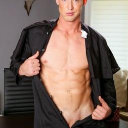 Pierce Hartman in 'Next Door Studios' Confessions of Seduction (Thumbnail 21)
