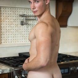 Spencer Laval in 'Next Door Studios' Breakfast At Spencer's (Thumbnail 8)
