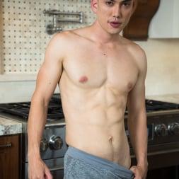 Spencer Laval in 'Next Door Studios' Breakfast At Spencer's (Thumbnail 24)