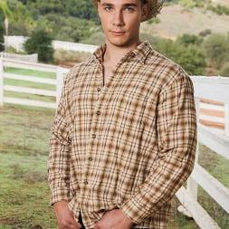 Trevor Laster in 'Next Door Studios' Country Livin' (Thumbnail 1)